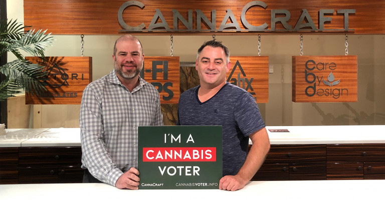 Photo of CannaCraft founder Dennis Hunter and HeadCount CEO Andy Bernstein